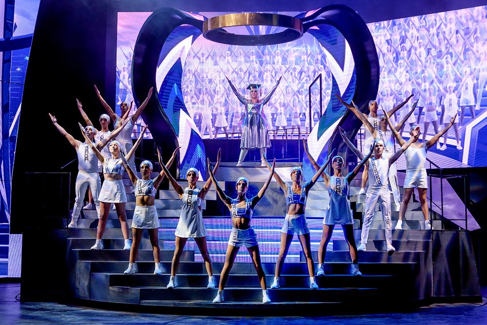 Meebrullen met de grootste hits van Queen tijdens 'We Will Rock You'