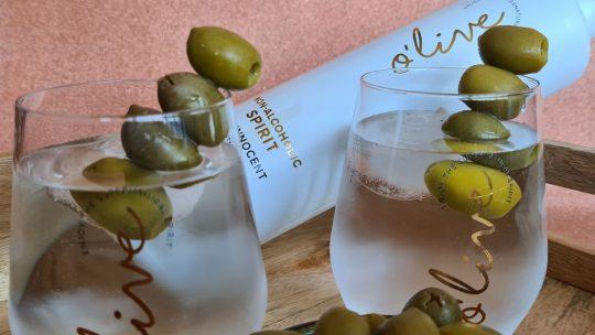O'live GIN The Innocent, de enige alcoholvrije gin ter wereld op basis van olijven