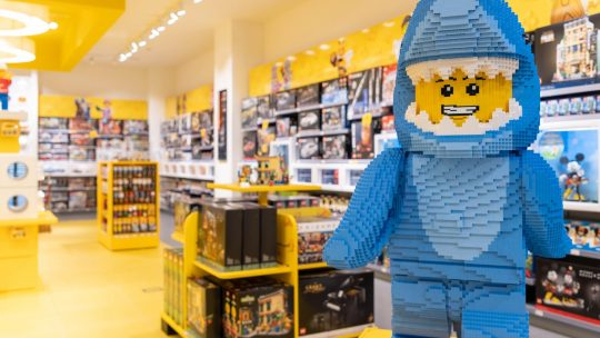 Lego-winkel in Brusselse Nieuwstraat opent de deuren