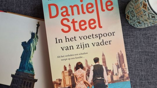 'In het voetspoor van zijn vader' is meeslepende historische roman van Danielle Steel