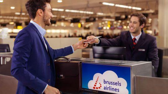 Brussels Airlines maakt reizen gemakkelijker met documentcontrole thuis en een interactieve reiskaart